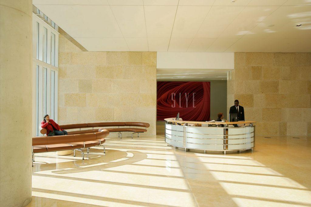 lobby_center